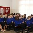 Eesti mereakadeemia (EMA) peatas aasta alguses Orissaare gümnaasiumis merehariduse rahastamise, mistõttu mereõpetuse andmisega seotud neli pedagoogi pole sel aastal palka veel saanud.