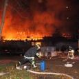 Valjalas põles eile hilisõhtul loomalaut, kus hukkus 10 veist ja kaks farmi töötajat sai vigastada.