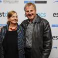 """Kuressaare linnateatris linastub 7. oktoobril Kanada eestlaste, õde ja vend Reet ja Toomas Mae dokumentaalfilm """"Vabaduse mustrid"""", mis vaatleb läbi erinevate elusaatuste rahvuslike mustriteelushoidmist väljaspool Eestit ja selle seotust eestlaseks […]"""